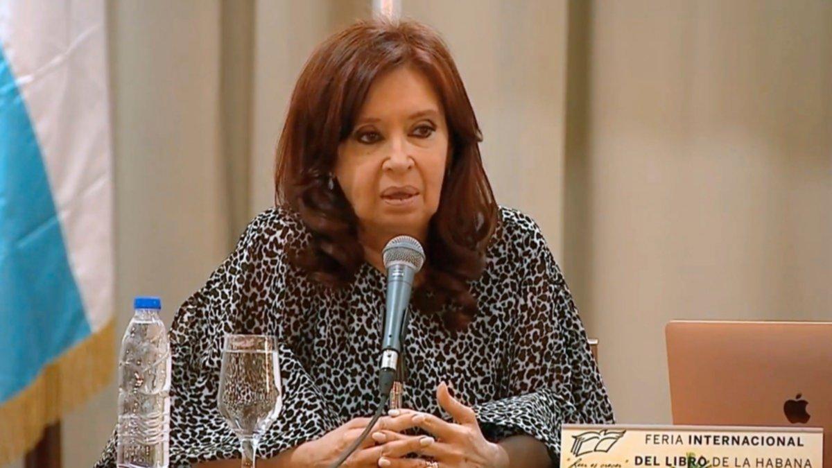 Cristina Kirchner volvió a cruzar al FMI y ratificó que el organismo incumplió con su estatuto