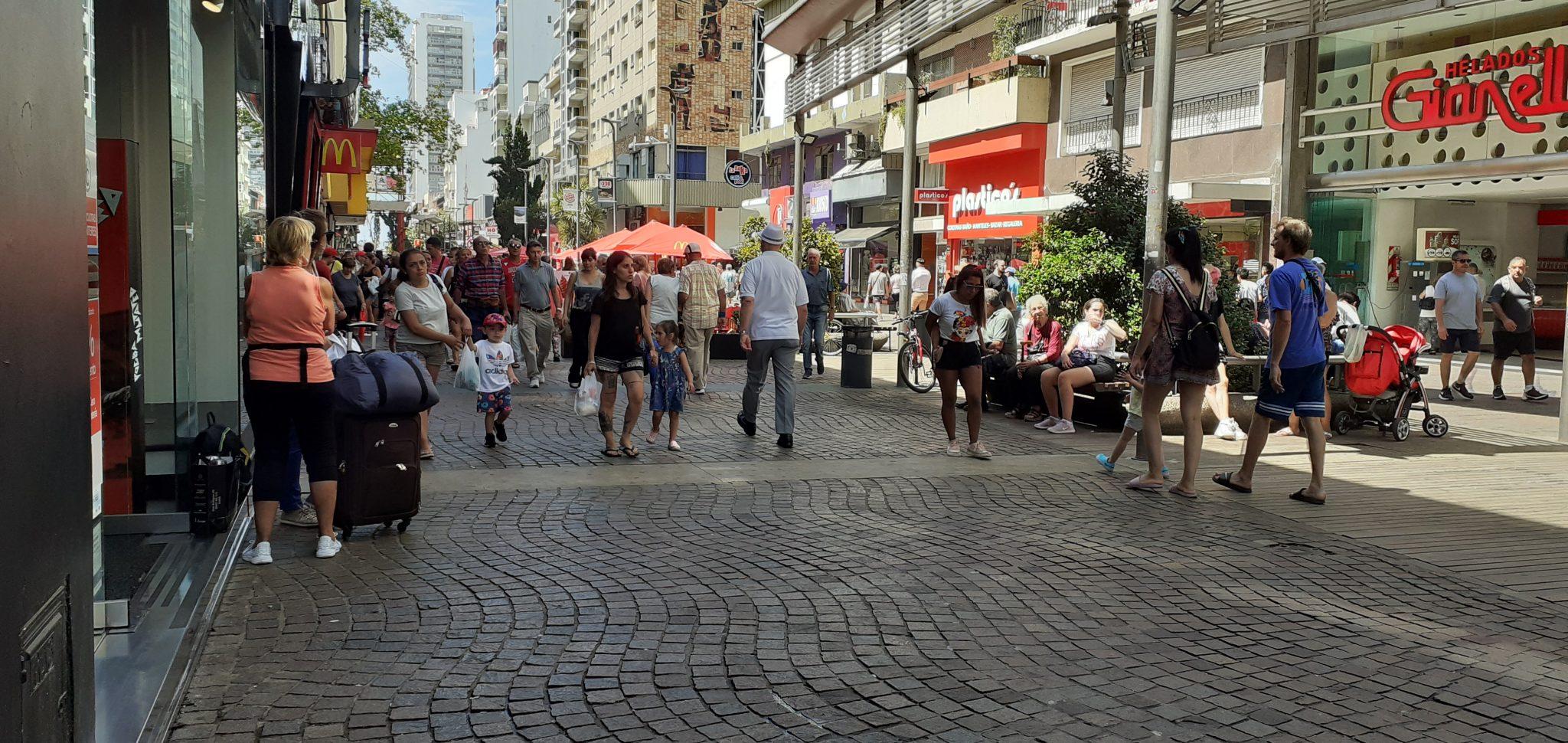 El Carnaval dejó un buen número de visitantes pero pocas ventas