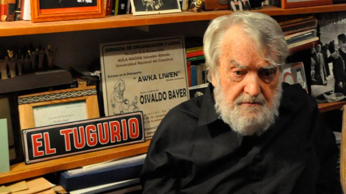 Homenaje a Osvaldo Bayer en el Faro de la Memoria