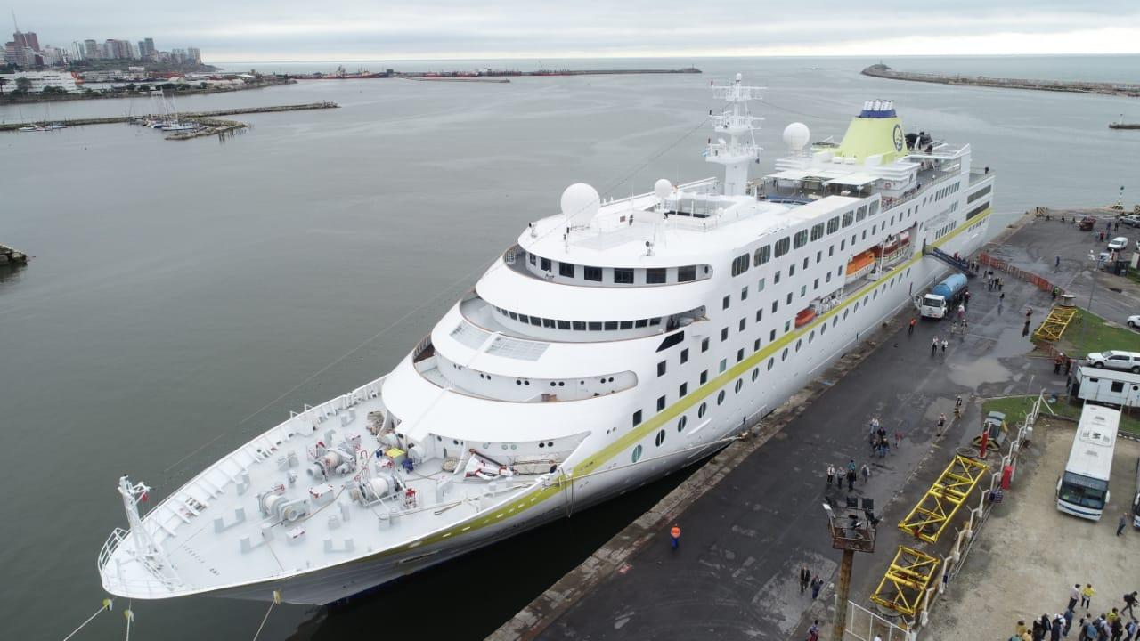 Un crucero con 334 pasajeros hizo escala en Mar del Plata