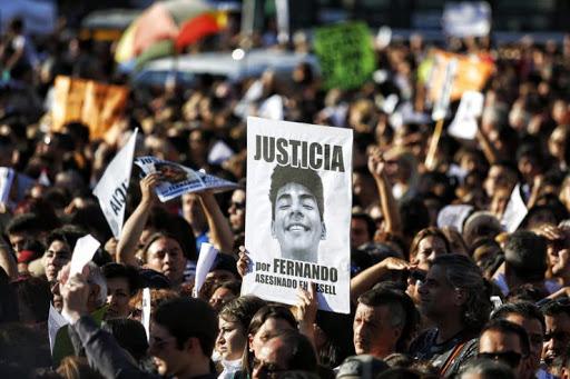 Marplatenses y turistas marcharon para pedir justicia por Fernando Baez Sosa