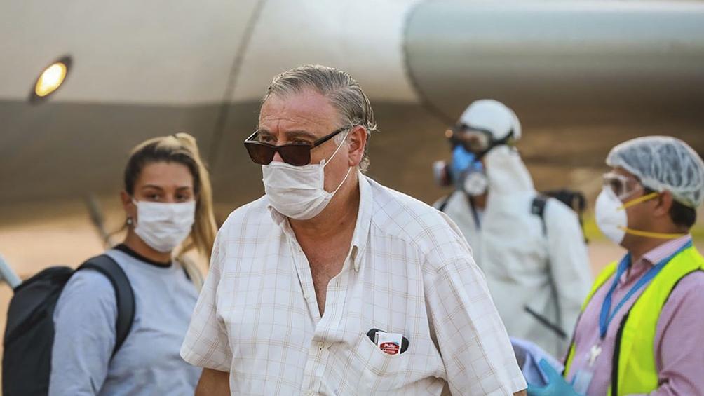 Se elevan a 20 las víctimas fatales y a 820 los infectados con coronavirus en Argentina