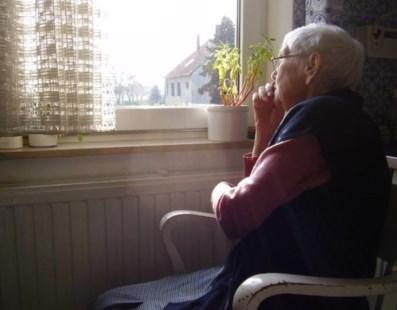 """Paula Mantero: """"Tenemos que cuidar a las personas mayores. Prioridad Mayor"""""""