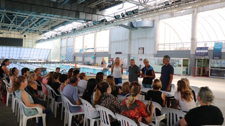 """Presentación del programa """"Nadar en Familia"""""""