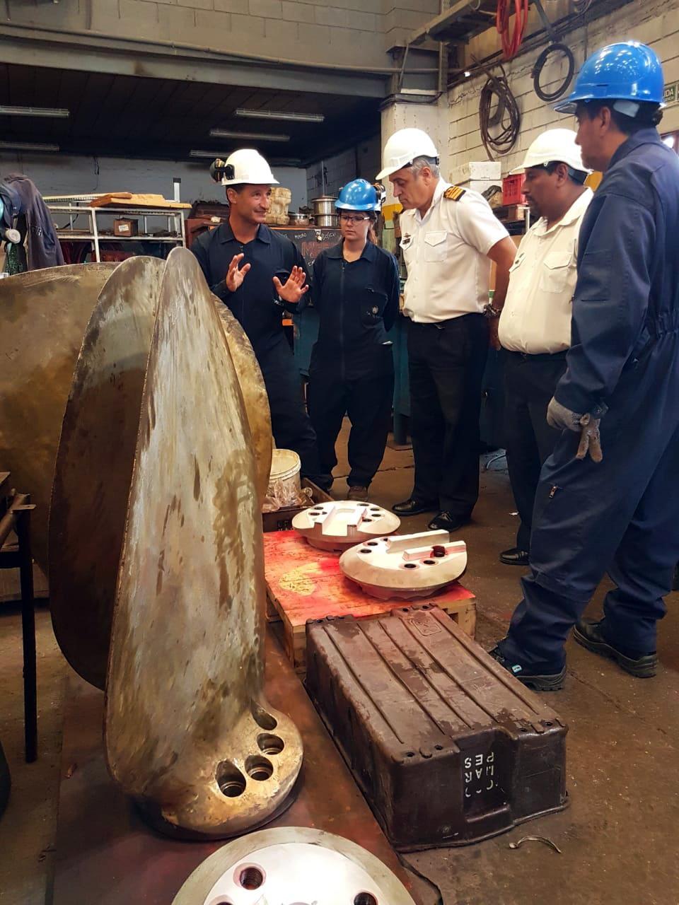 Autoridades de la Armada Argentina recorrieron las instalaciones del Astillero SPI