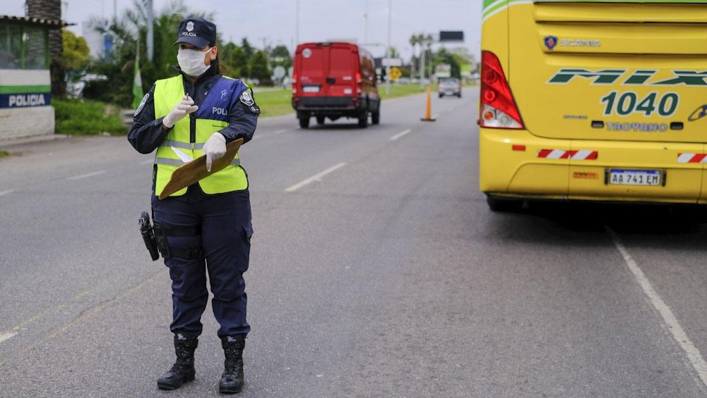Policía retirado intentó eludir el retén del camino viejo a Miramar