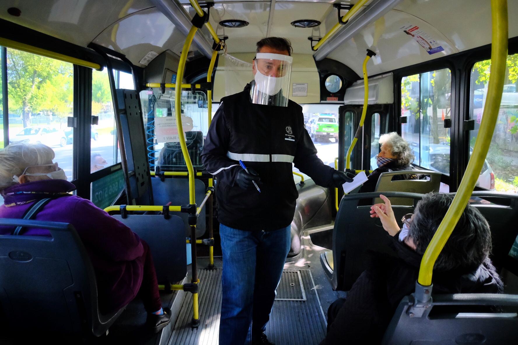Montenegro gestiona subsidios para el transporte público de pasajeros