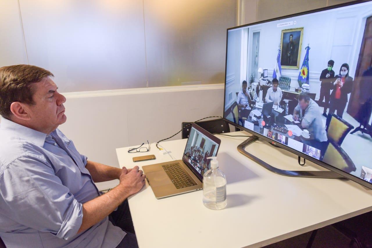 Montenegro, en videoconferencia, analizó con Kicillof la situación del aislamiento en la región