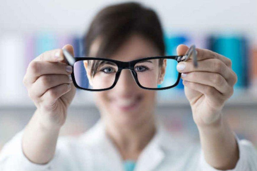 Los ópticos gestionan para ser exceptuados de la cuarentena