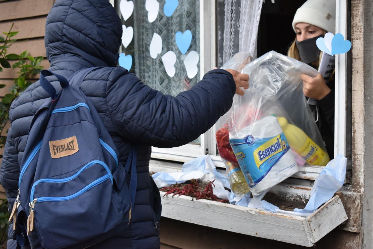Una ong entregó más de 8 mil kilos de alimentos en barrios periféricos