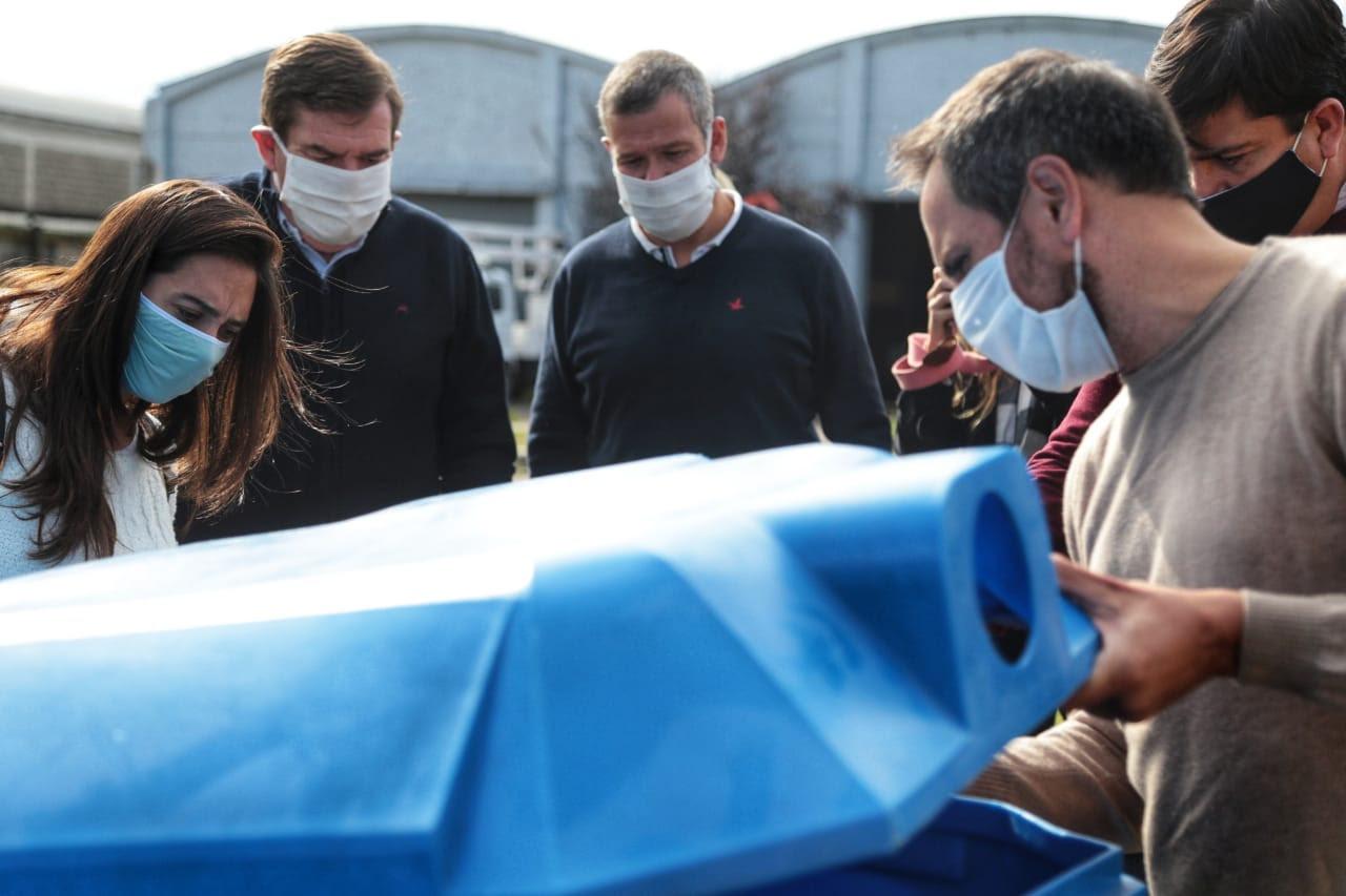 Ministro de Ambiente estuvo en Mar del Plata y entregó maquinaria para la gestión de residuos