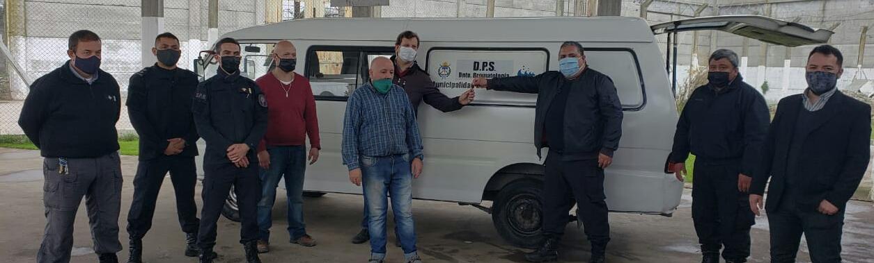 Internos de Batán restauraron un vehículo del área de Bromatología