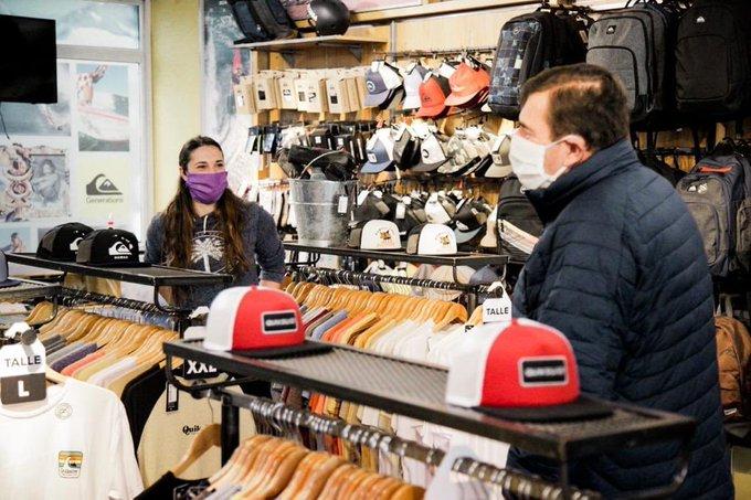 """Montenegro adelantó que """"este lunes evaluarán si los comercios continúan abiertos"""""""