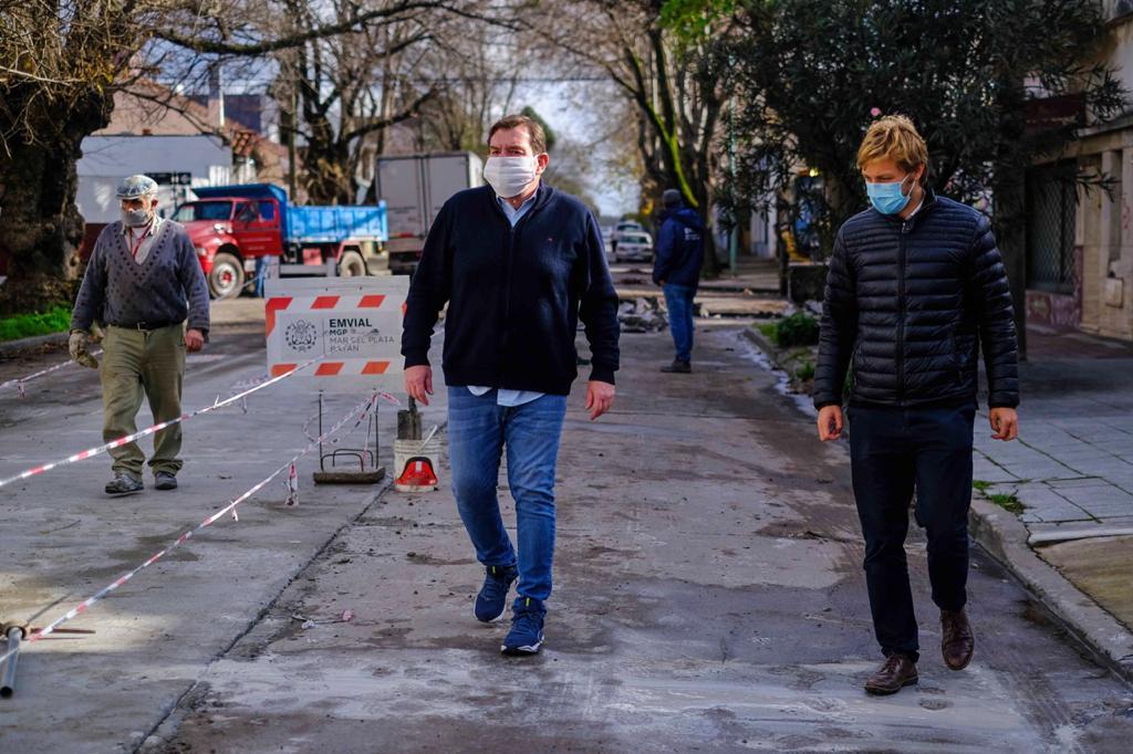 Montenegro supervisó trabajos en los barrios