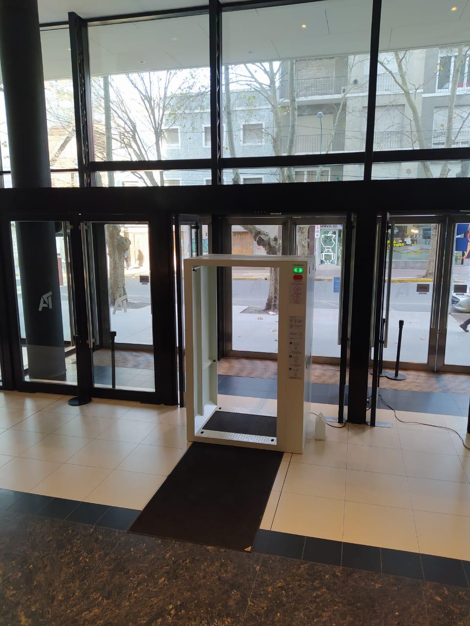Shoppings elaboran protocolos con la expectativa de reabrir sus puertas