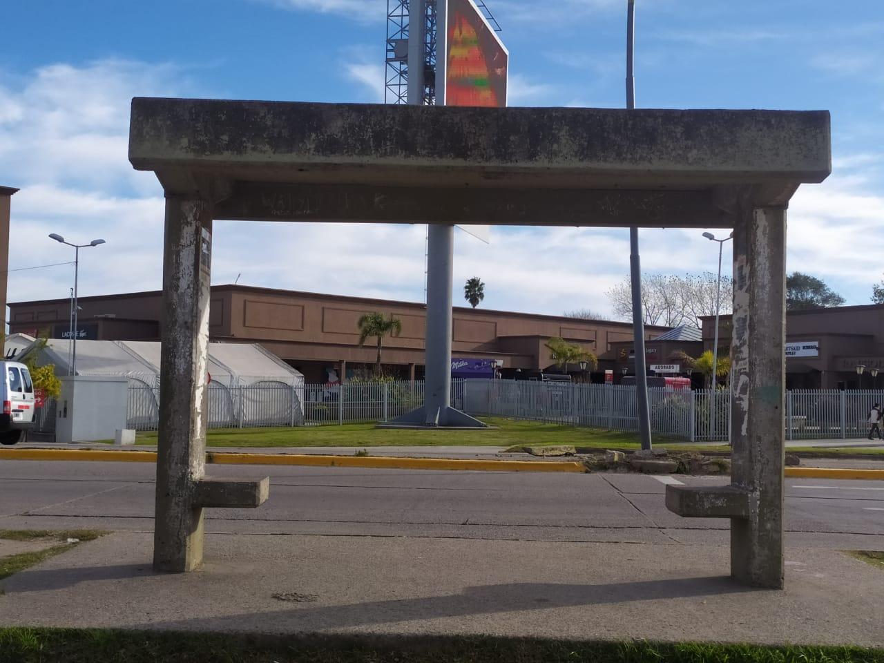 Piden al municipio recuperar los refugios de colectivos