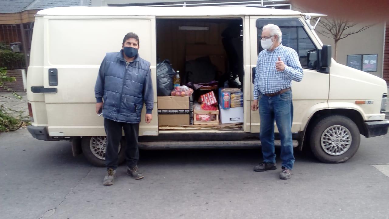 Colectan 3 toneladas de alimentos y renuevan campaña por ropa de abrigo