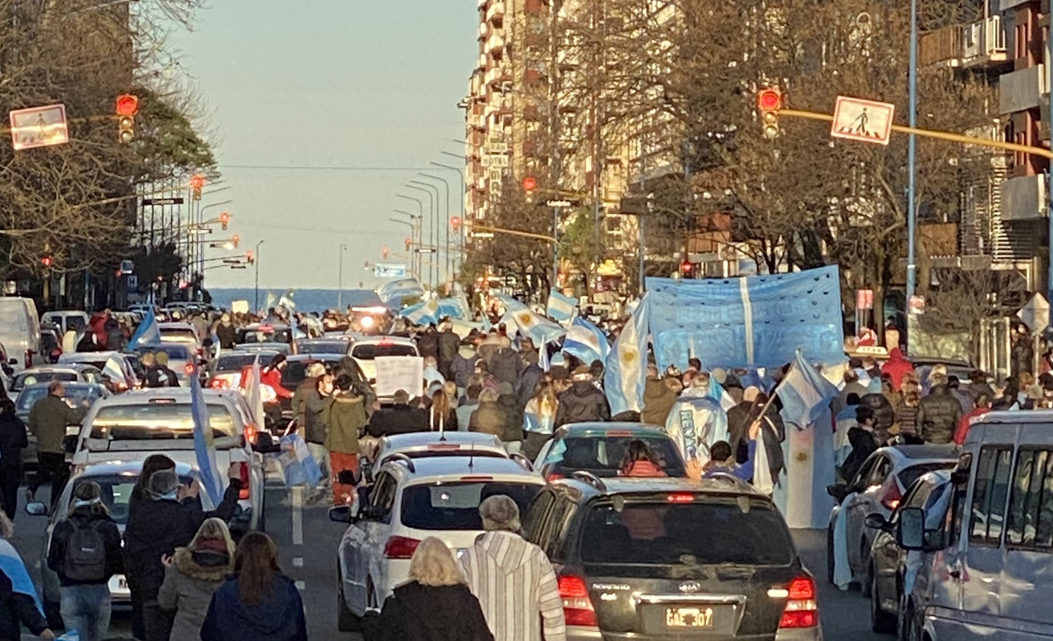 """El """"banderazo federal"""" también se sintió en Mar del Plata"""