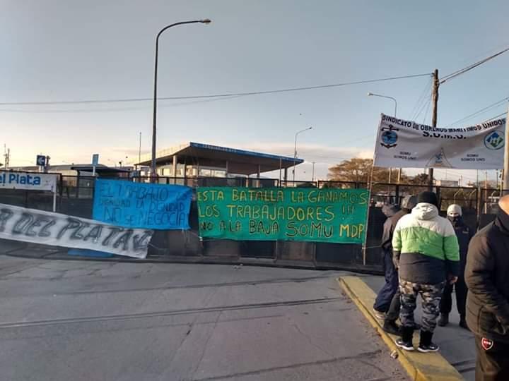 Tensión en el puerto por una protesta sindical