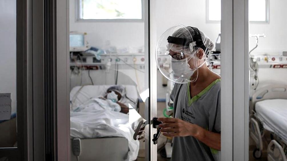 Gobierno bonaerense advierte por récord de contagios y pide extremar medidas para evitar más casos