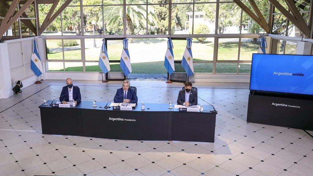 """""""Vamos a mantener el sistema actual hasta el 30 de agosto"""", anunció Fernández"""