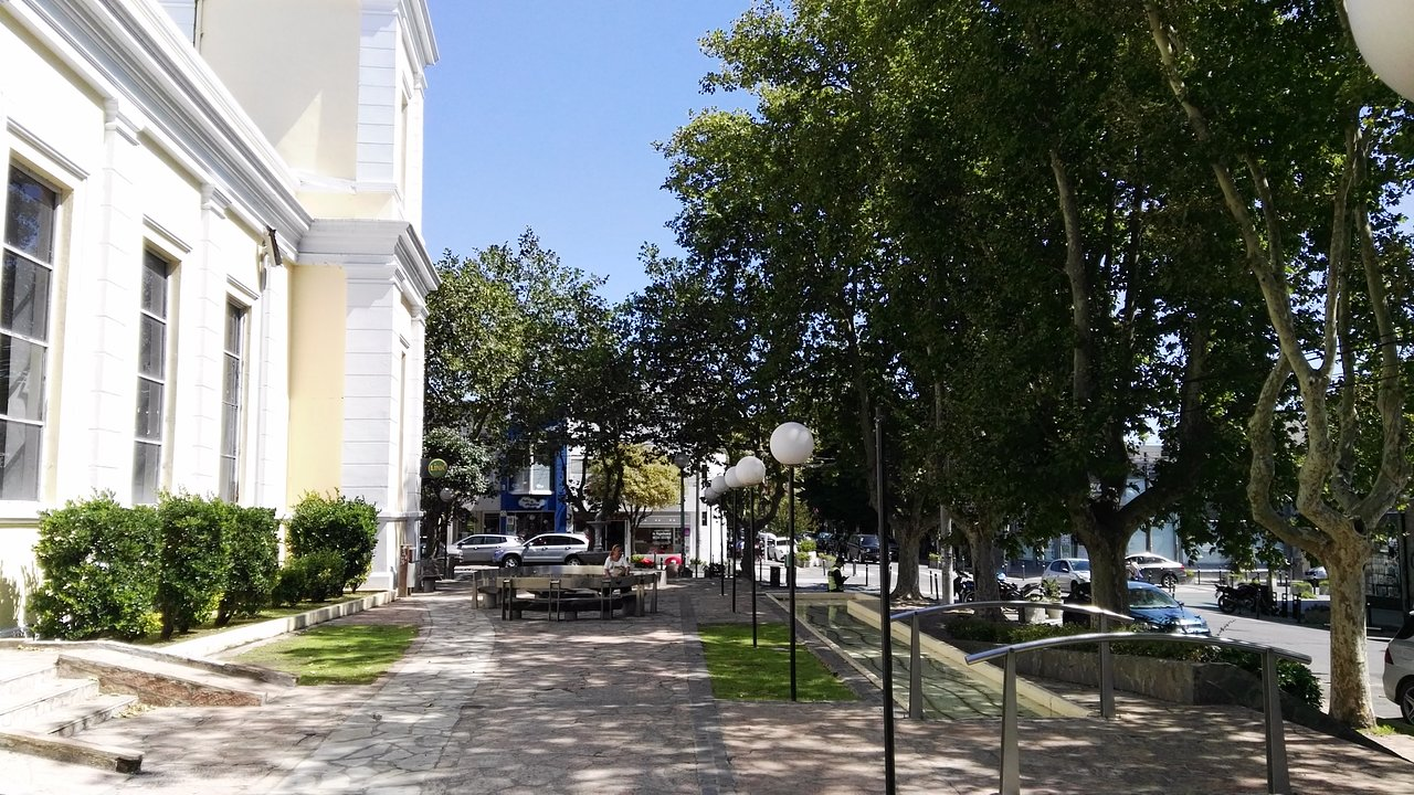 Plaza del Agua, Carlos Grosso ha vuelto