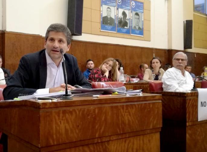 La oposición solicita se convoque al Consejo Económico y Social