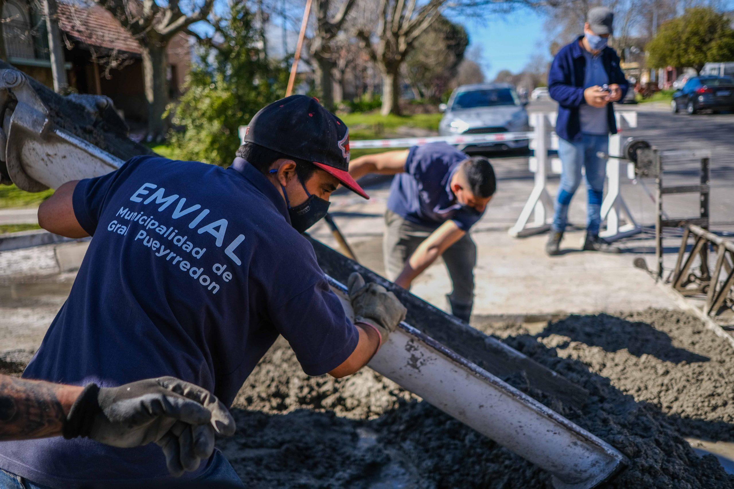El Intendente recorrió las obras de reparación de pavimentos en la avenida Paso