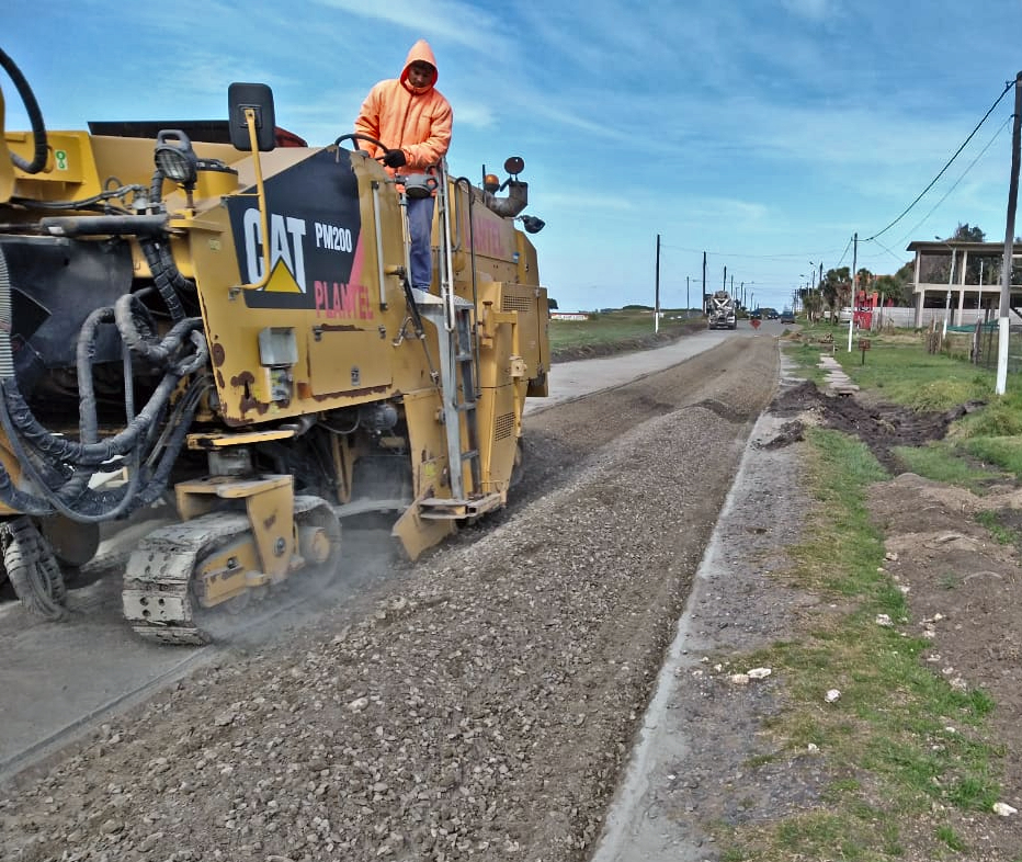 Etapa final de la obra de repavimentación de la Ruta Provincial 11