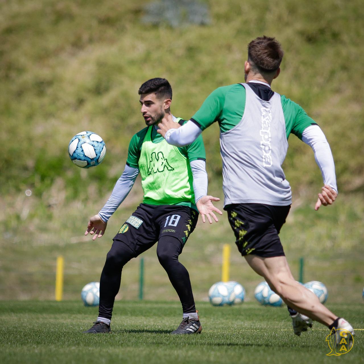 La provincia de Buenos Aires avanzará con vacunación a planteles de fútbol y futsal