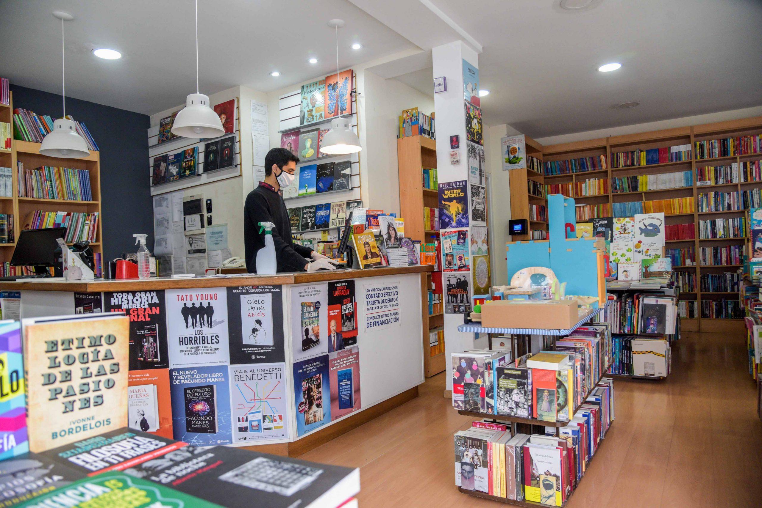 Alarma por el cierre de librerías: el sector reclama medidas de asistencia ante la caída de ventas