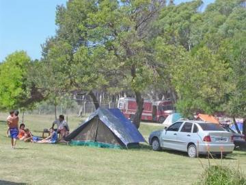 Confirman que los campings podrán abrir y hoteles no podrán encender aires acondicionados