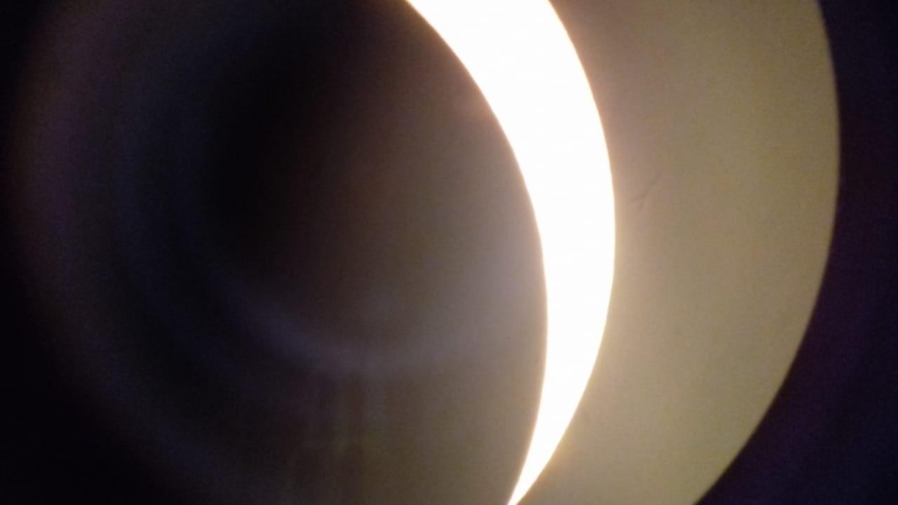 Una marplatense vio el eclipse solar, desde Piedra del Águila