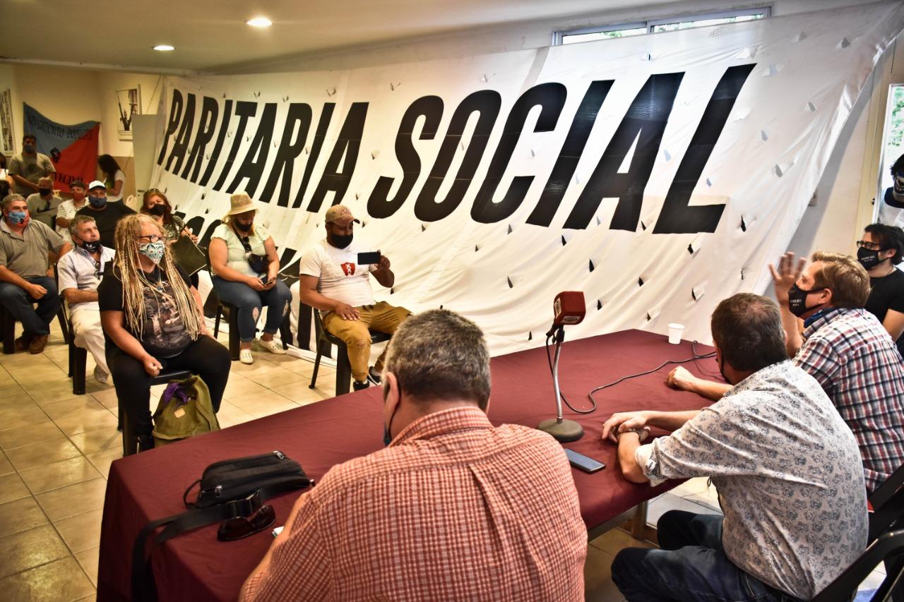 Lanzaron la «Paritaria Social y Popular» en Mar del Plata: «Nosotros también debemos hacernos escuchar»