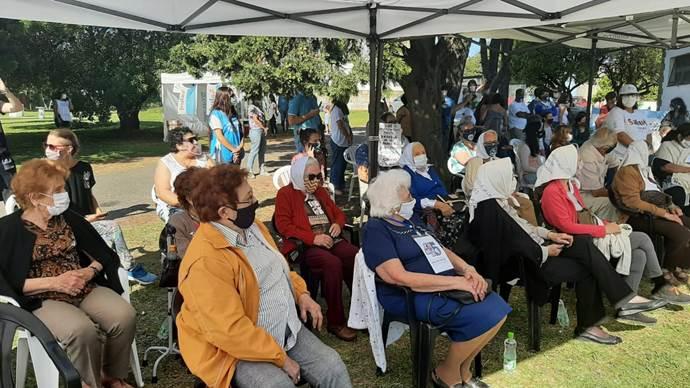 Emotivo acto de organismos de Derechos Humanos en el Faro de la Memoria