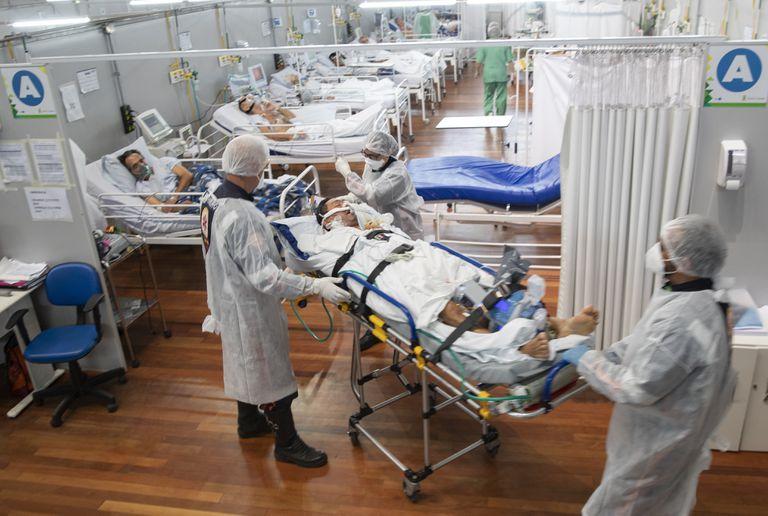 "Gollan pidió ""estar alertas"" ante segundas olas de coronavirus en países limítrofes"
