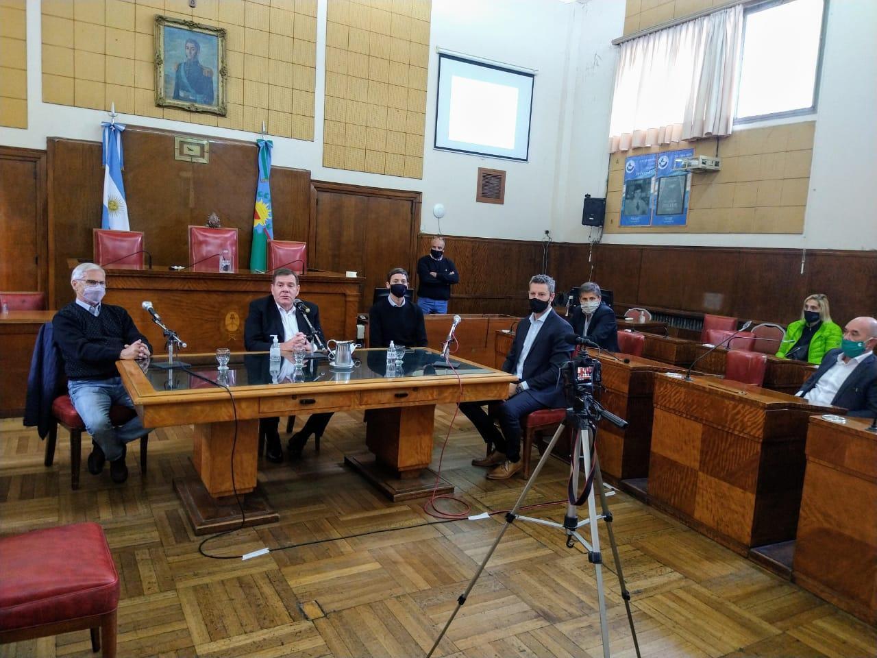 Montenegro encabezó la puesta en marcha del Consejo Consultivo Económico Social y Productivo
