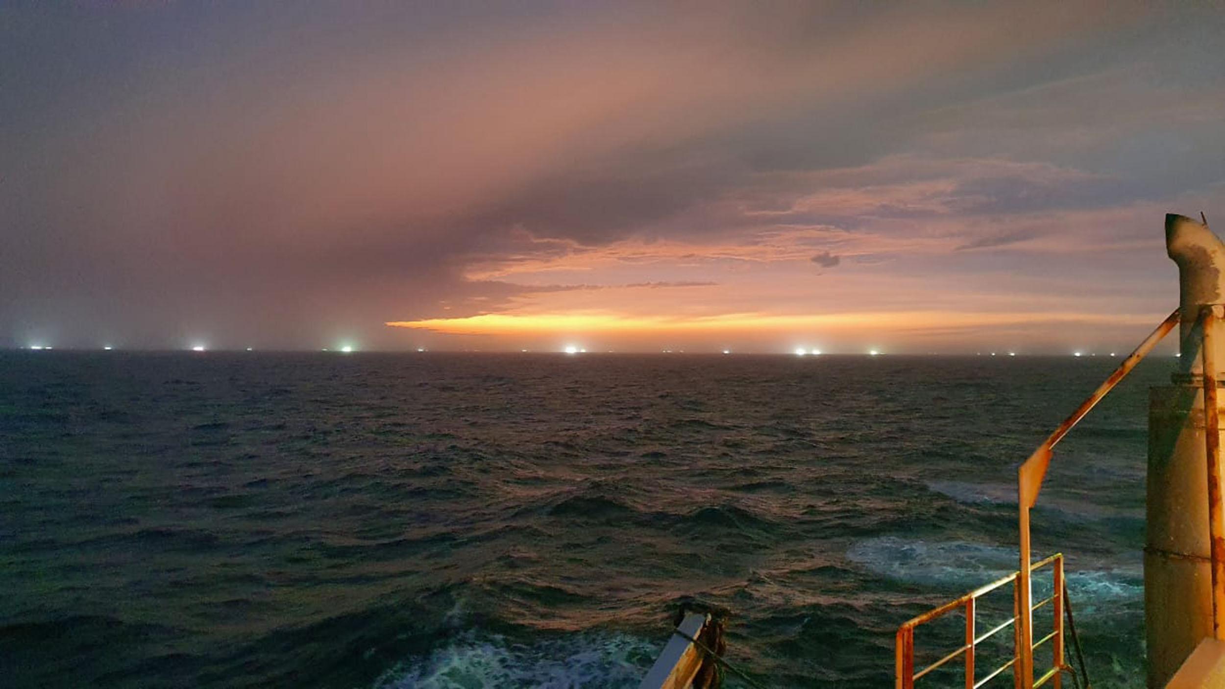 Alertan de un lugar único del Mar Argentino sitiado por pesqueros fuera de la Zona Económica Exclusiva