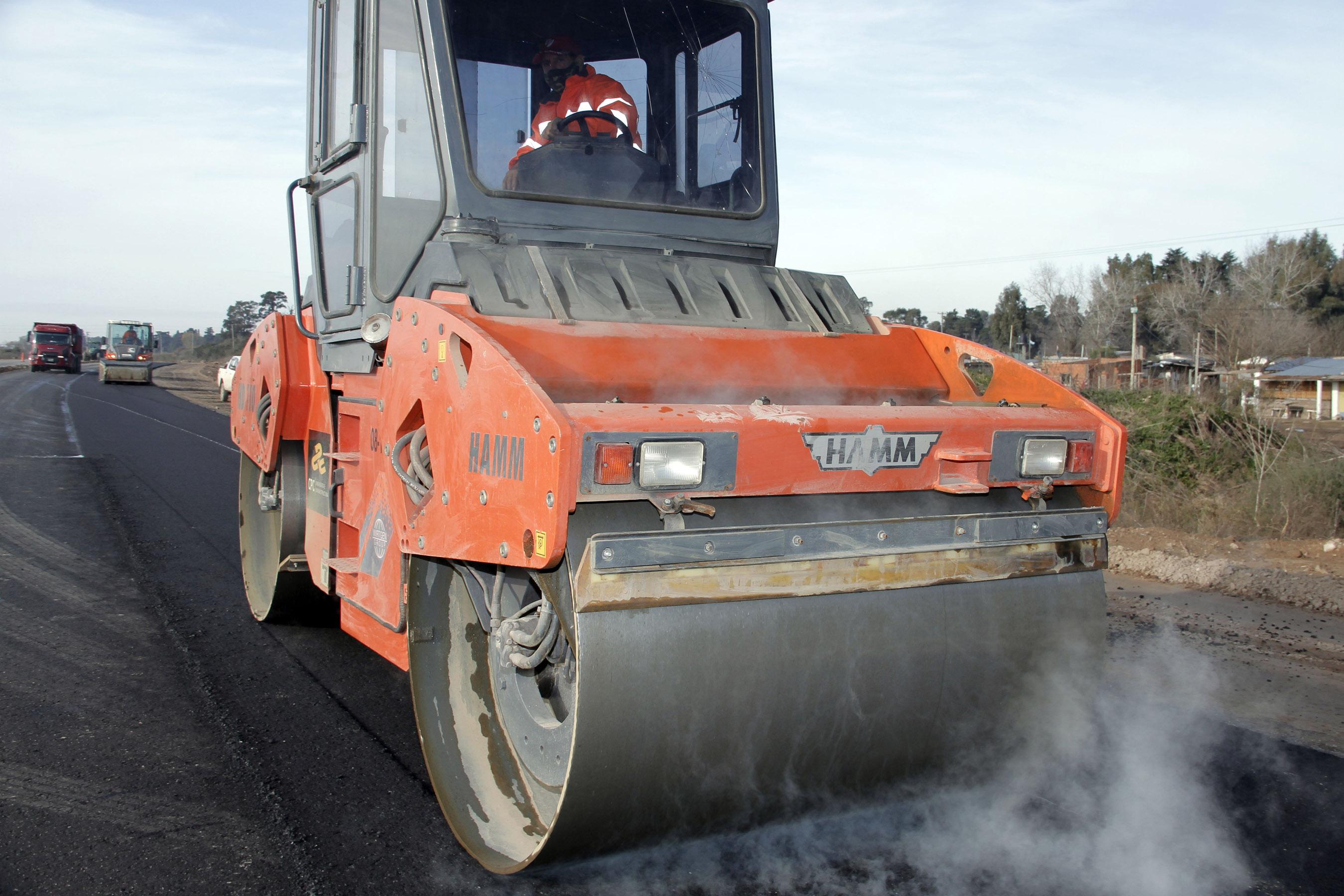 Lanzan Programa para financiar obras públicas en municipios