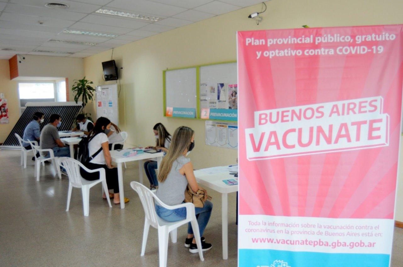 """Se aplicaron """"más de un millón y medio de vacunas"""" en territorio bonaerense"""