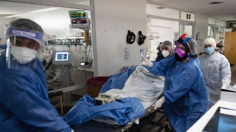"""Kreplak: """"El sistema de salud está saturado y estamos muy próximos al colapso"""""""