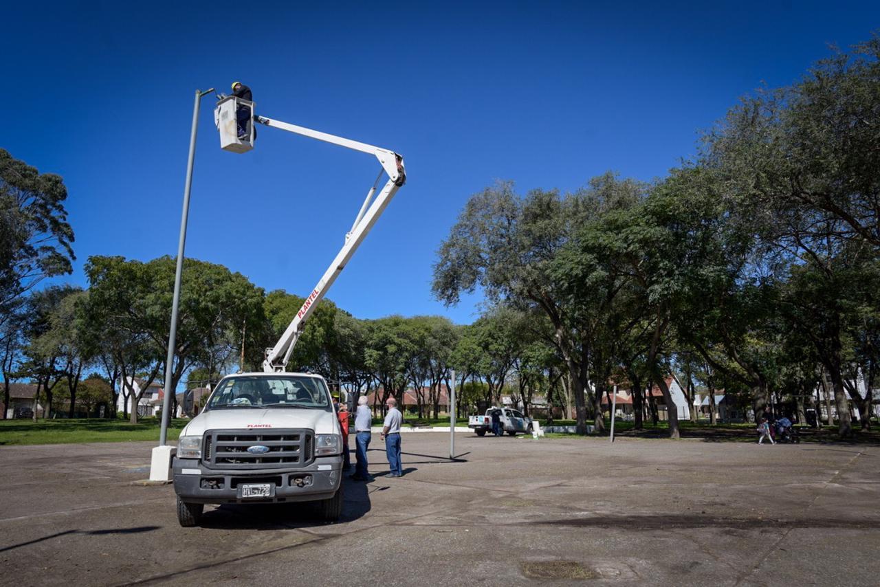 Comenzó el Plan de Potenciación de Luminarias en Plazas y Paseos