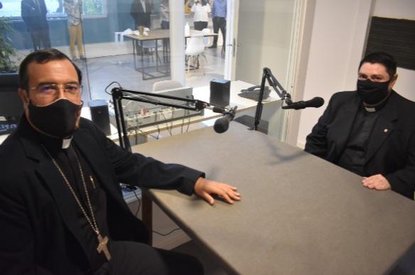 Se inauguró el nuevo estudio de radio en FASTA donde funcionará la FM del Obispado de Mar del Plata