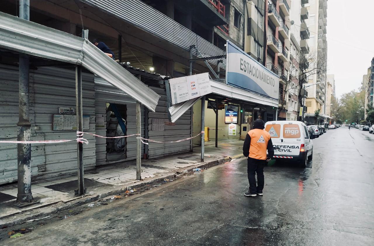 El temporal deja caída de árboles y cables en Mar del Plata
