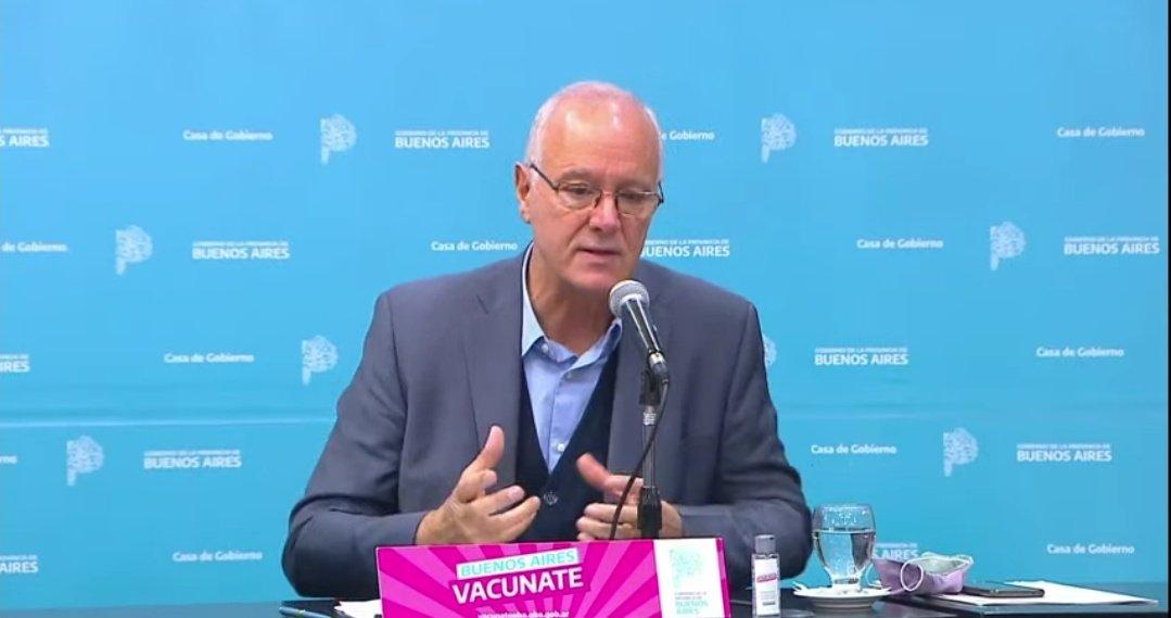 """Gollan aseguró que es """"inminente"""" la aprobación de las vacunas Moderna y Sinopharm en menores"""