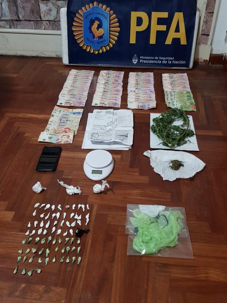 La Policía Federal detuvo a dos personas por narcomenudeo