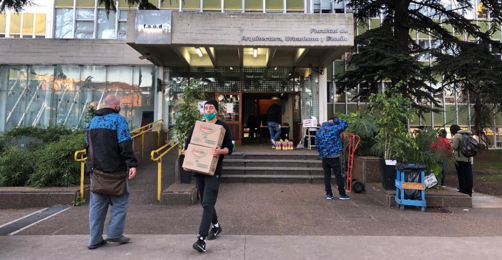 Fundación Universidad entrega $1.200.000 en alimentos a comedores y merenderos