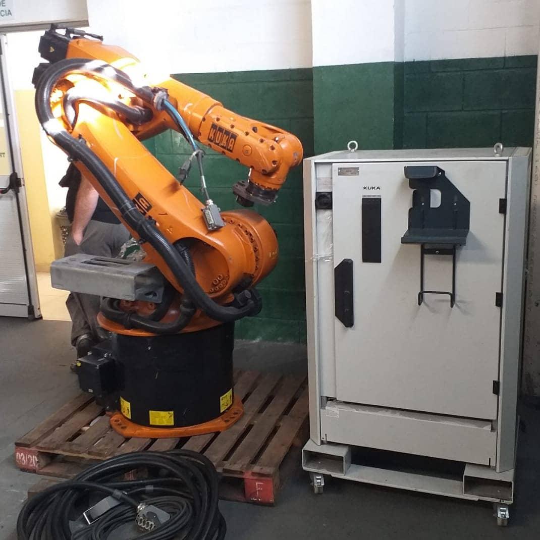 Donan un brazo robótico a un instituto de formación de Mar del Plata