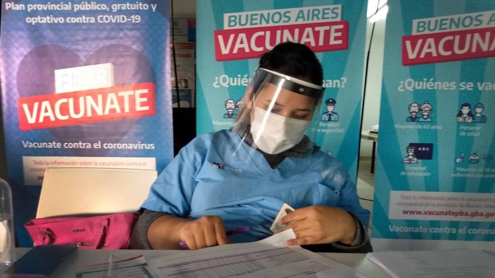 Los contagios de coronavirus cayeron por decimosexta semana en la provincia de Buenos Aires