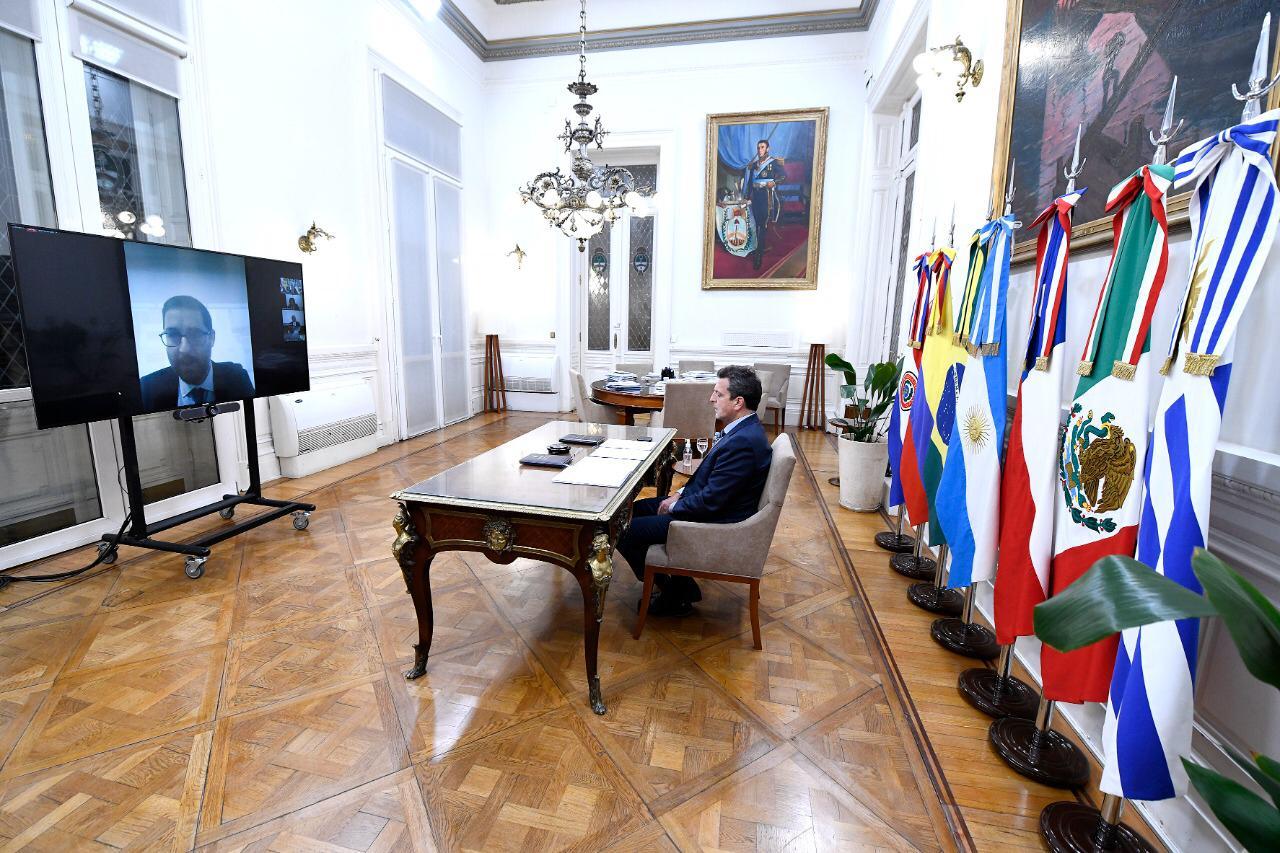 """Massa: """"La lucha contra el terrorismo debe ser un trabajo colectivo de América Latina"""""""